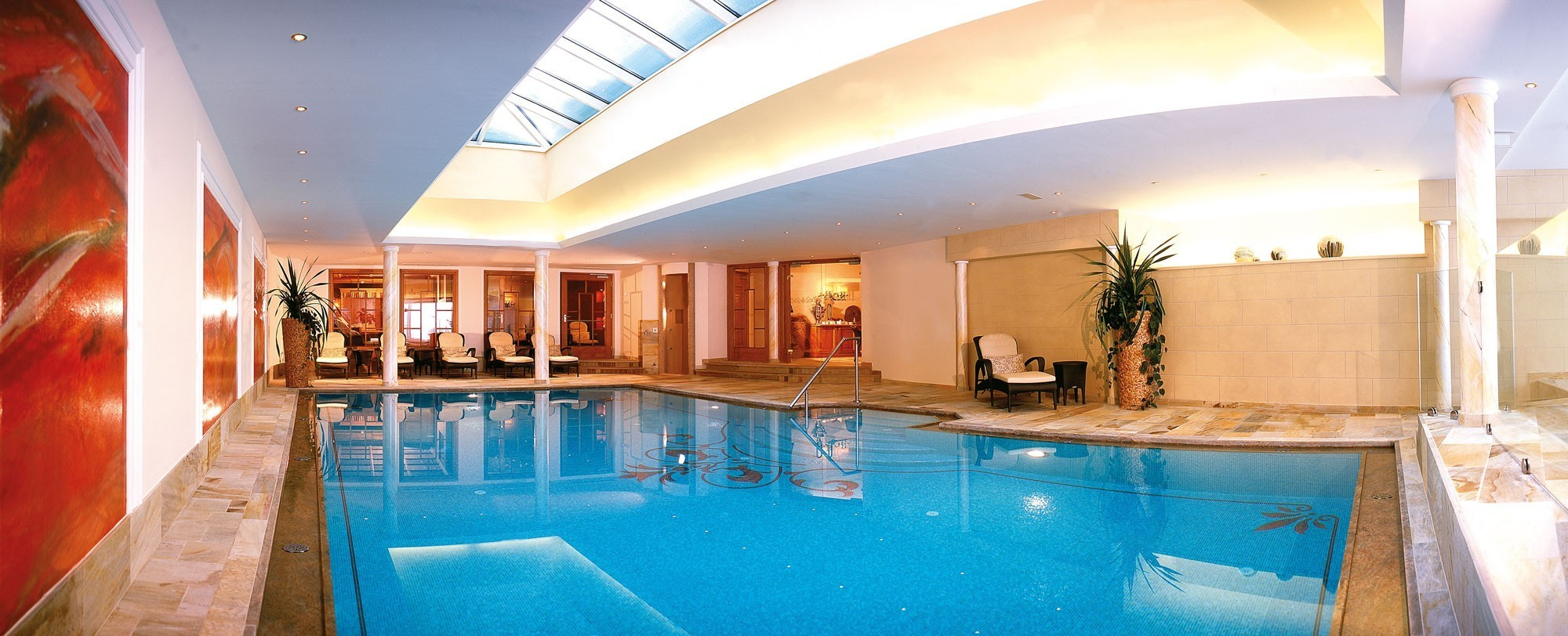 Lilienbad mit Indoor Pool im madlochblick.