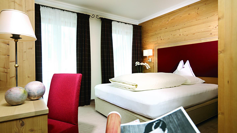 Das Doppelzimmer S`Täli im Hotel und Chalet madlochblick in Lech am Arlberg.